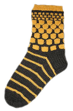 To Bee or not to Bee Sox by LynnH copyright 2005