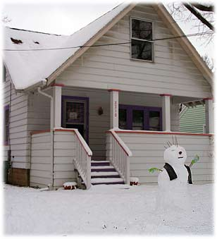 snowmanandhouse.jpg