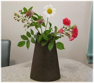 juneflowers09.jpg